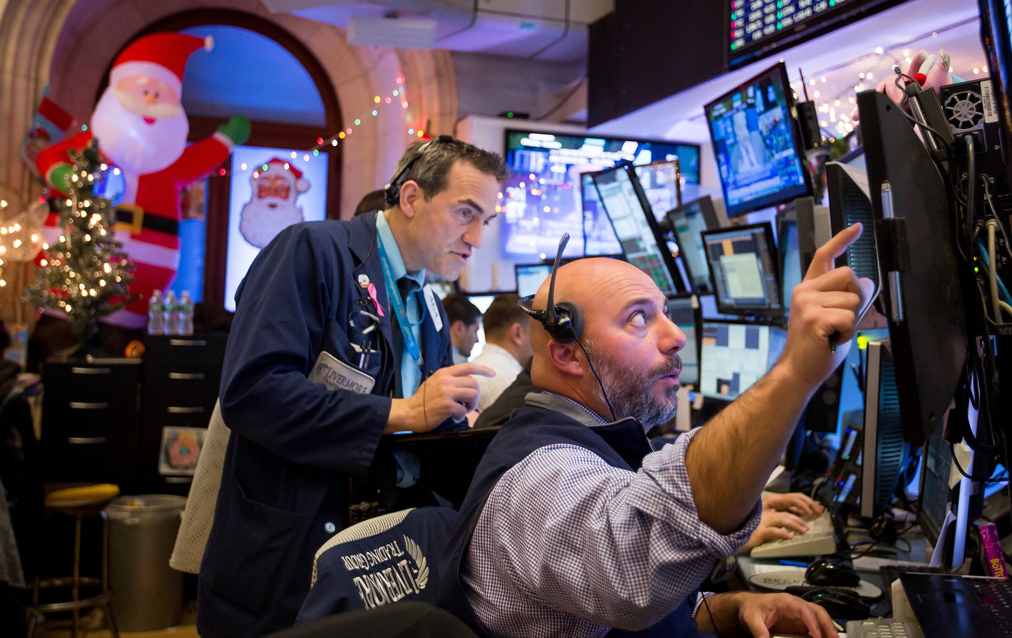 Market closes early, Santa rally period begins, Richmond Fed data: 3 things to watch for on Tuesday