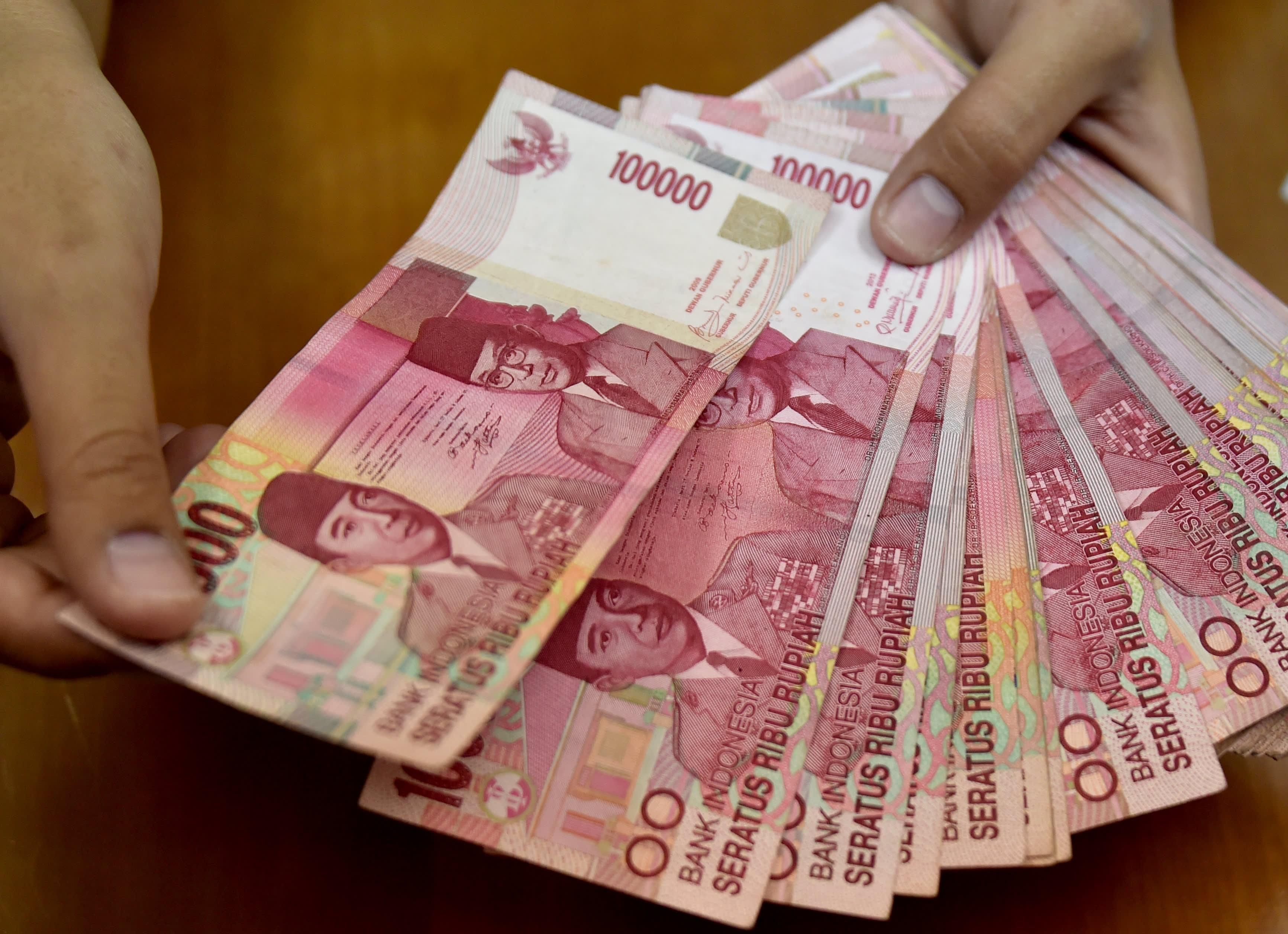 Indonesian Trade Minister Enggartiasto Lukita on rupiah, deficits