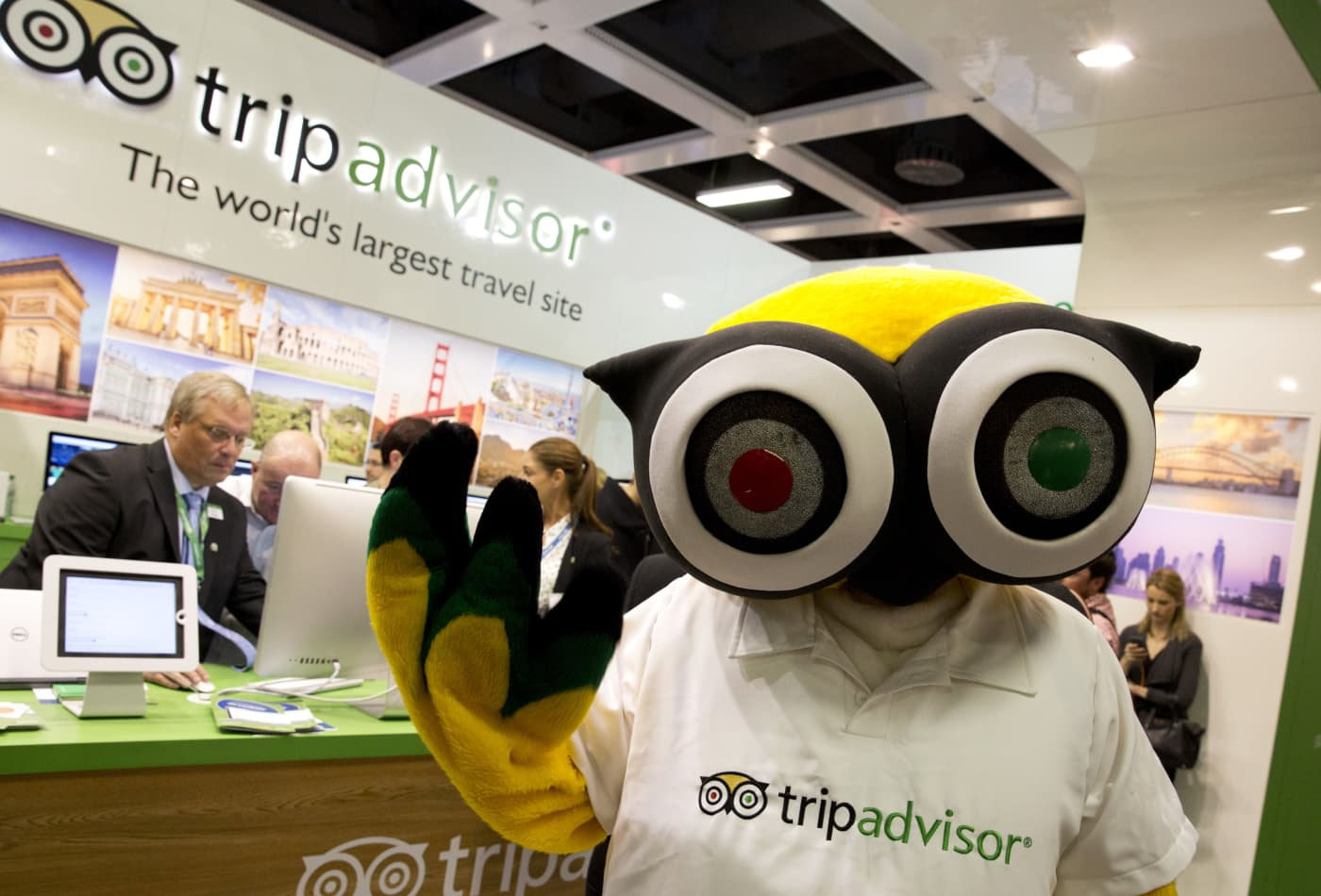 Expedia, TripAdvisor plummet more than 20% after the online travel companies report poor earnings