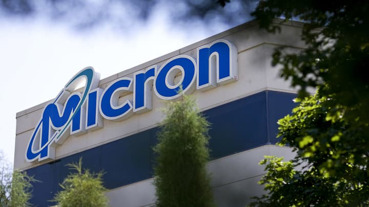 Micron shares drop after JP Morgan slashes price target on the chipmaker due to Huawei ban