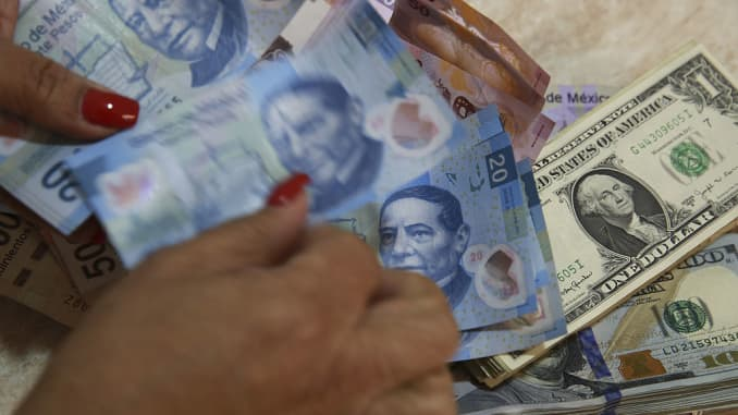Mexican Peso Jumps Against Us Dollar