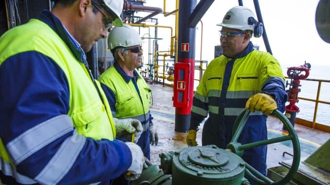 EA: Petroleum engineer