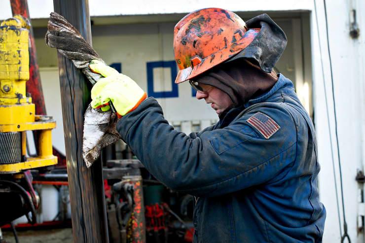 GP: Oil worker drilling Nabors North Dakota 120211