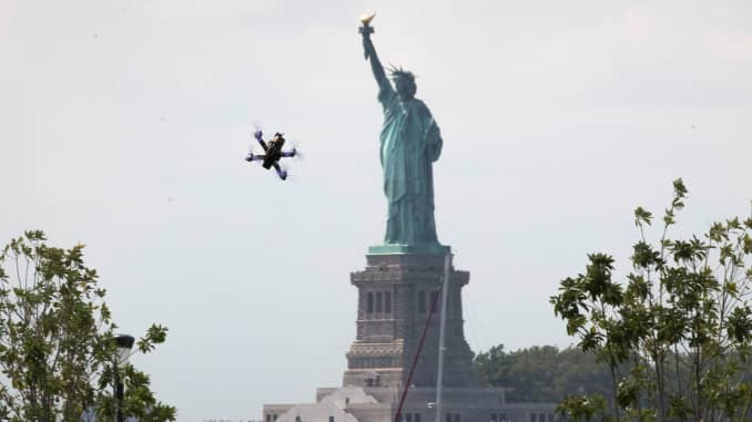 3 ways you can turn flying drones into a money-making job