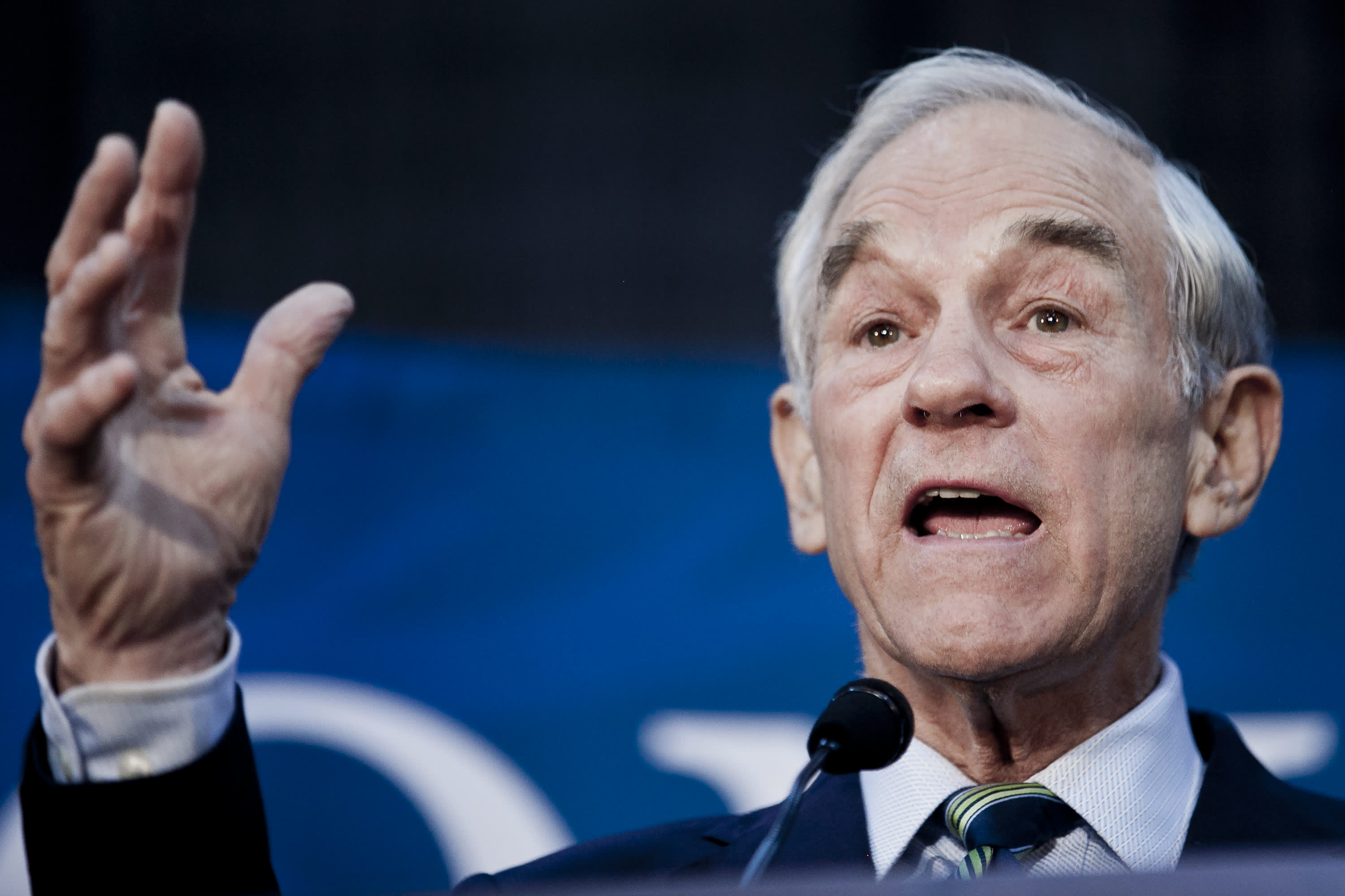 Ron Paul: US interest rates are going negative, and the Fed can't stop it