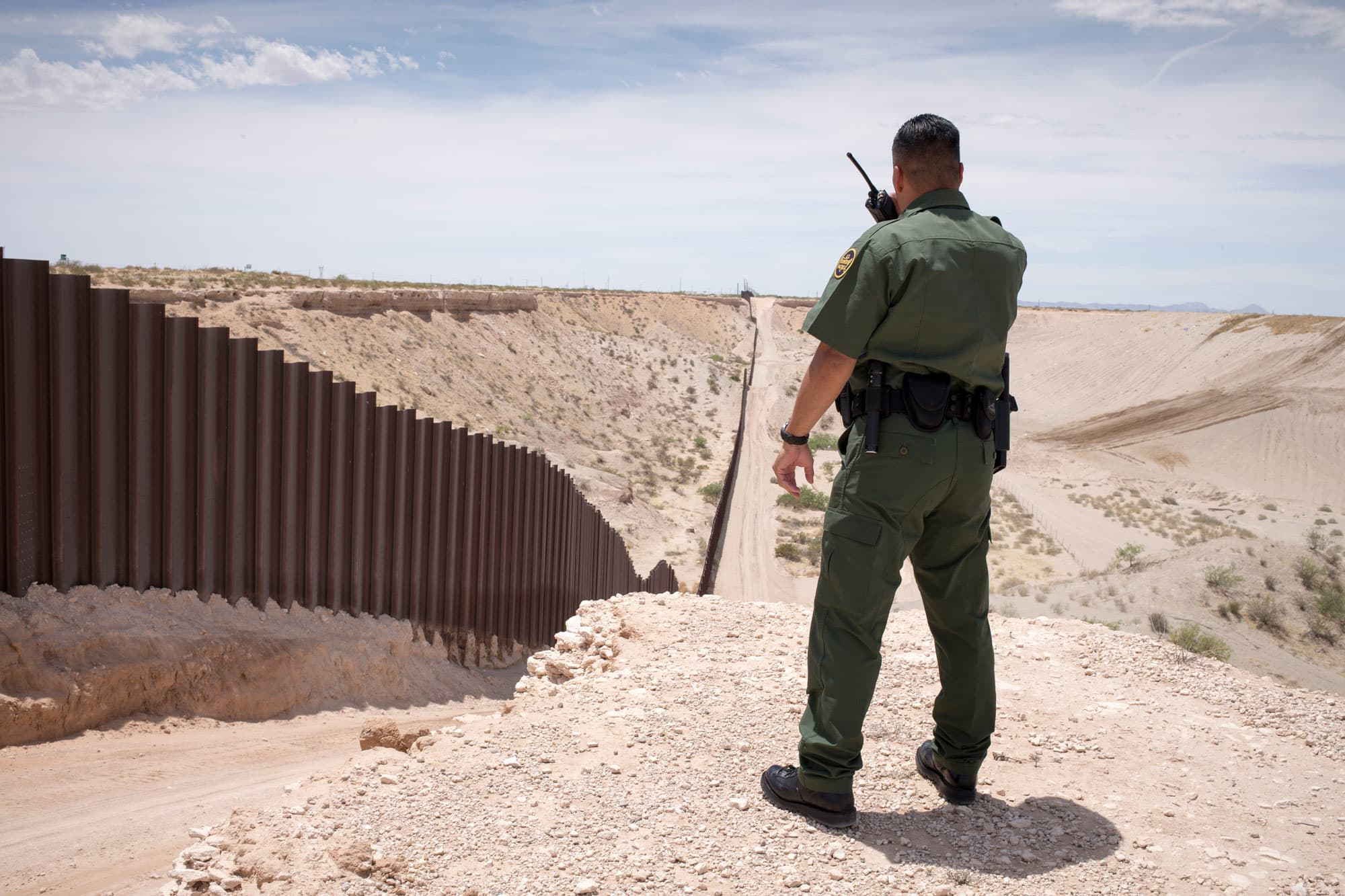 Congress fails again to stop Trump from using military money for his border wall