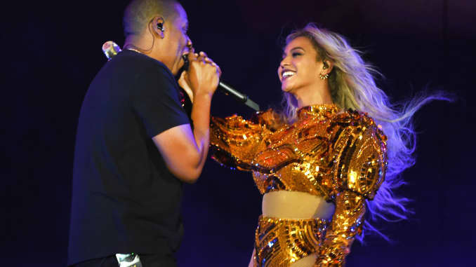 Premium: Beyonce and Jay Z perform 161007
