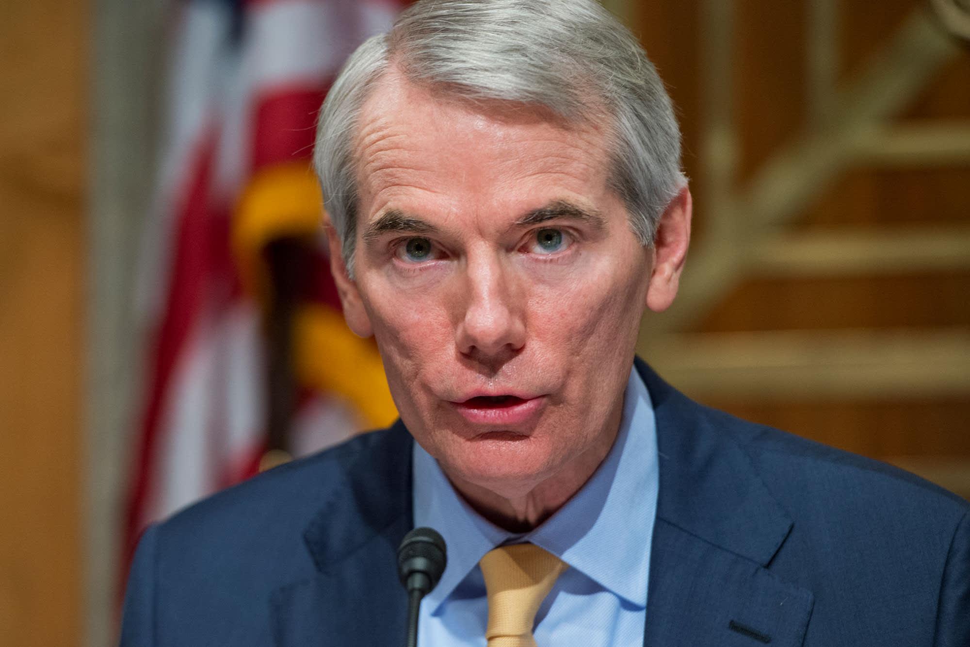 GOP senator urges Congress to pass unemployment benefit replacement by Friday – CNBC