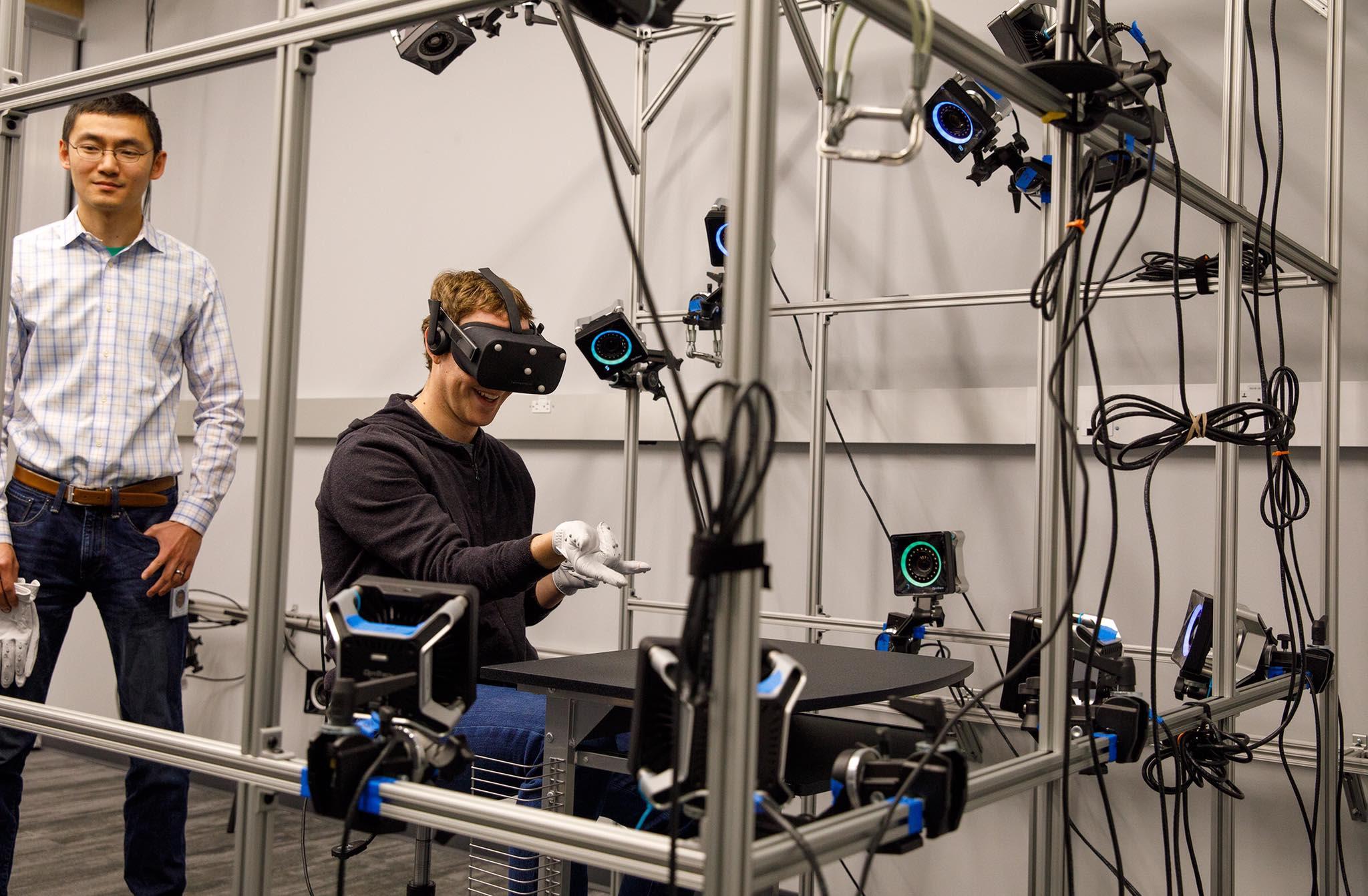 Mark Zuckerberg shows off prototype Oculus VR gloves