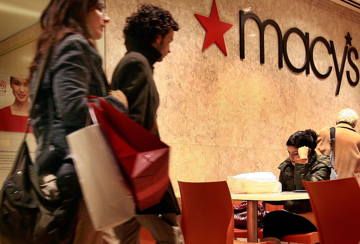 Macy's, Kohl's furlough employees as they cope with significant sales losses