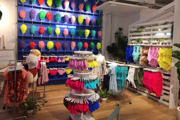 a71ba2f7386b How one teen retailer is thriving while its competitors flounder