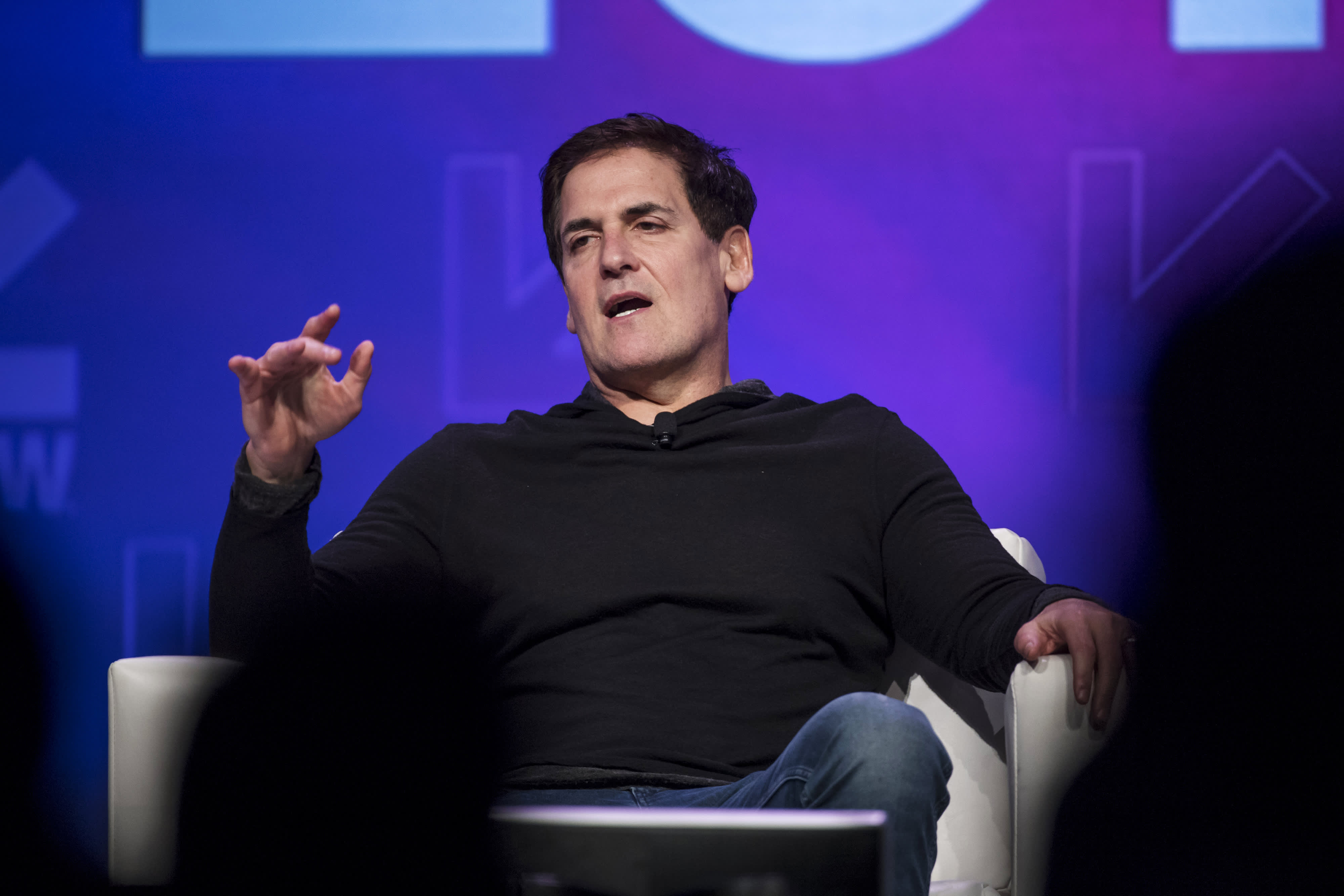 Mark Cuban Says This Book About Putin Is A Fascinating Read