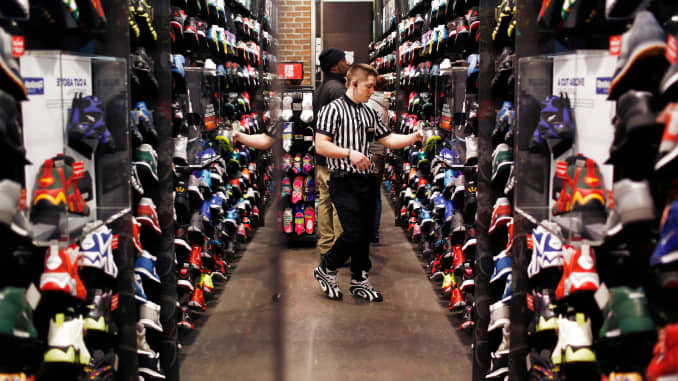 Foot Locker invests $12.5 million in retailer Rockets of Awesome