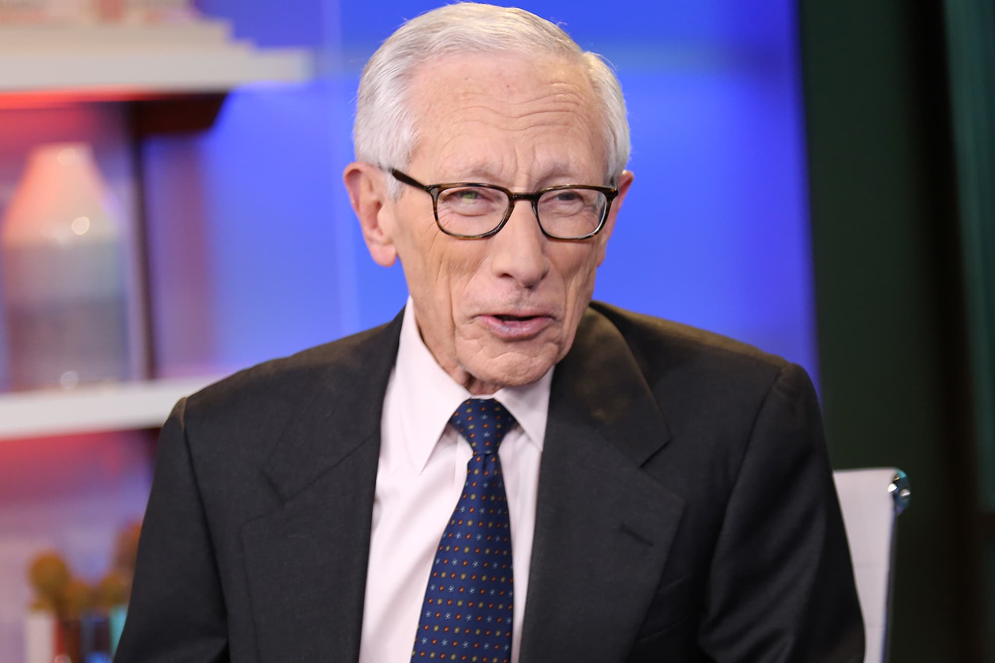 Criticism of Fed doesn't bode well for the next financial crash, former Vice Chair Fischer warns