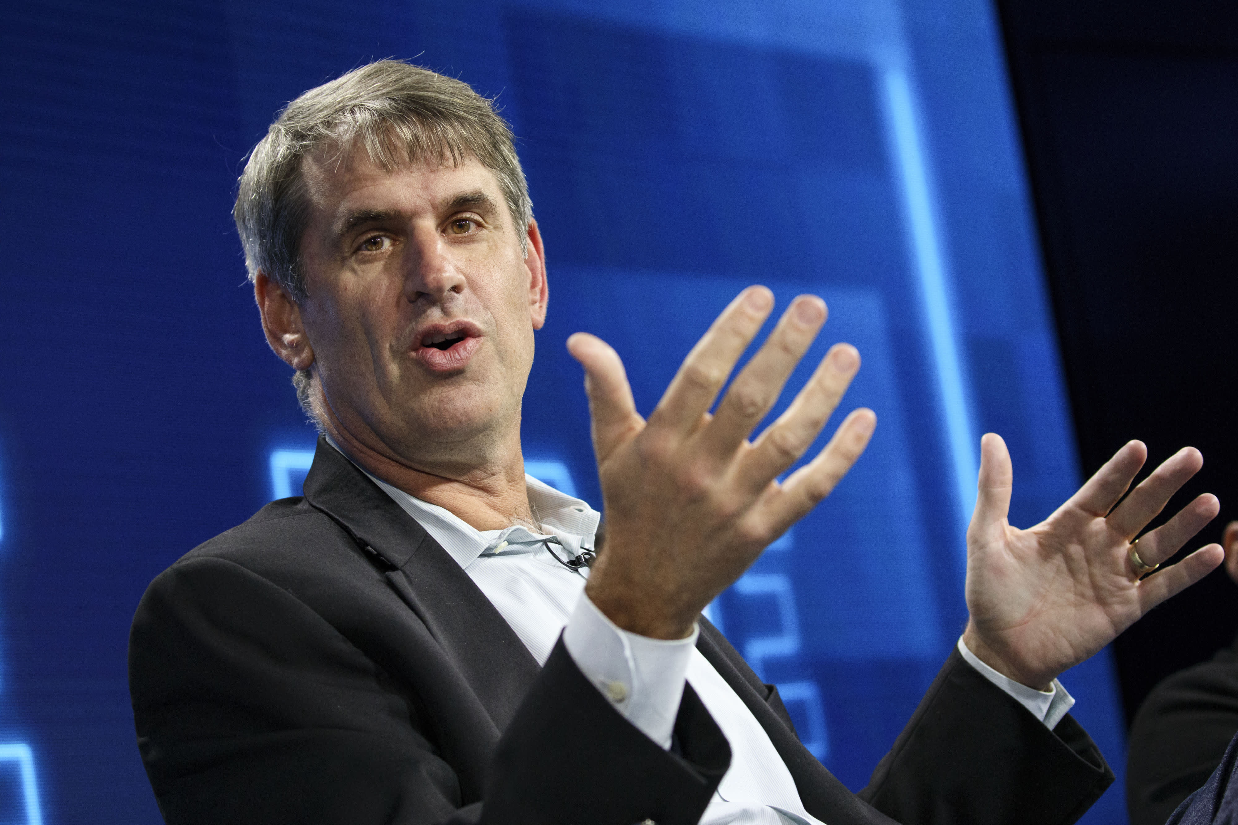 'The IPO process has devolved,' tech investor Bill Gurley says as he leads a direct listing movement