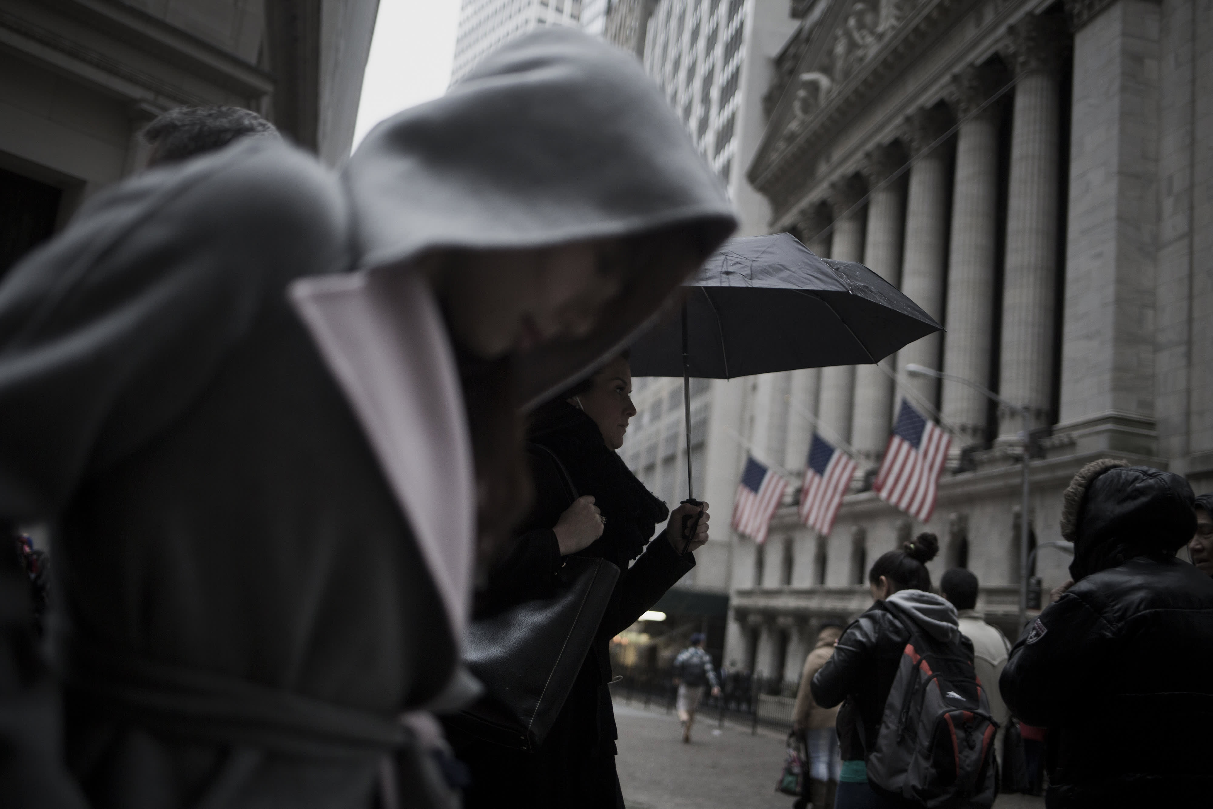 Premium EA: Wall Street NYSE exterior rain gloom dark