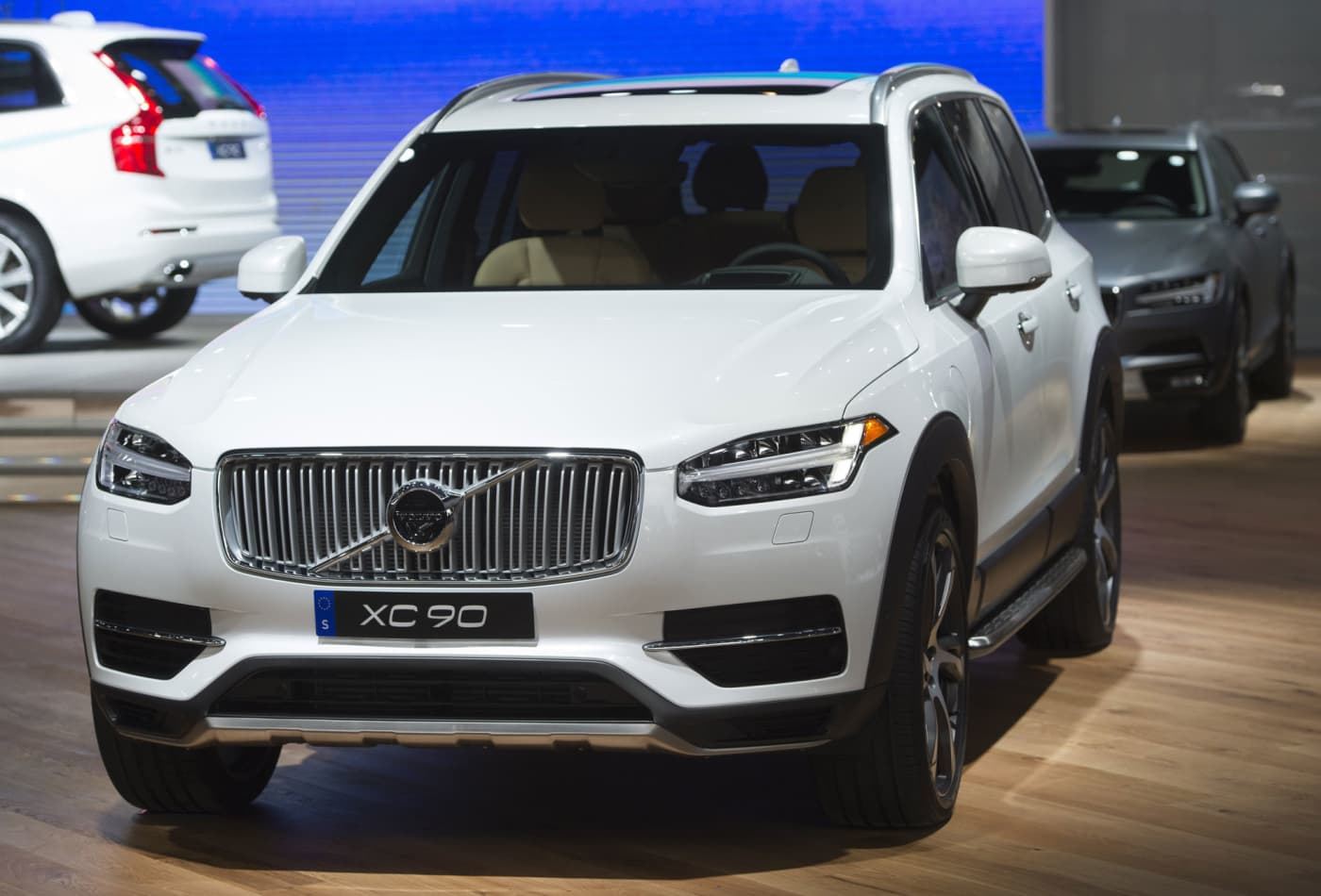 Volvo Self Driving Car Will Let You Sleep During Your