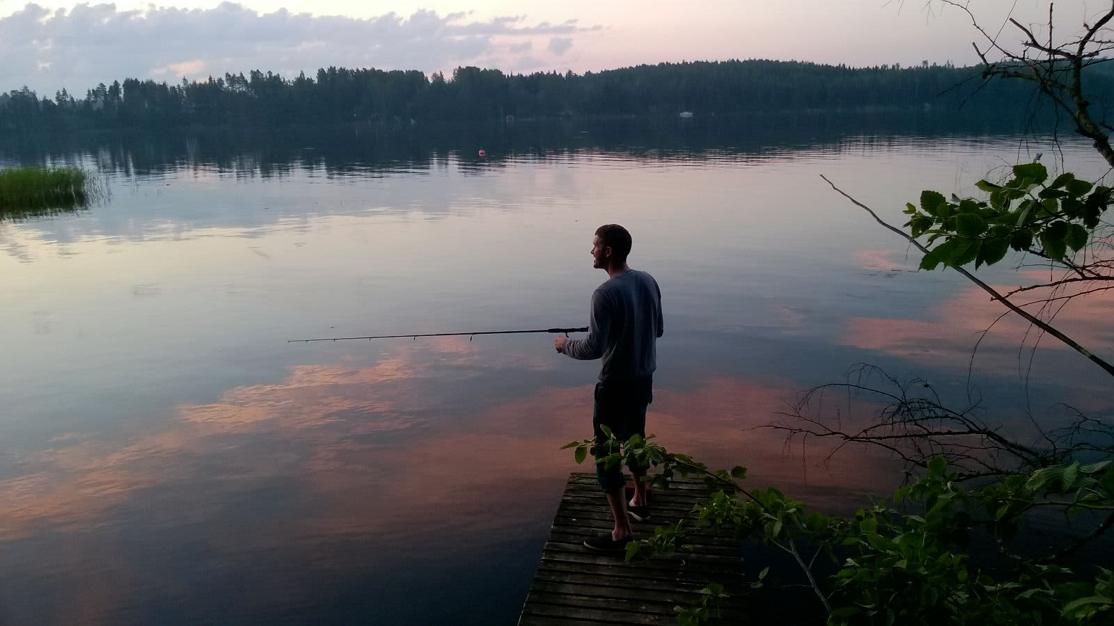 HANDOUT Black Book Dylan Jones fishing