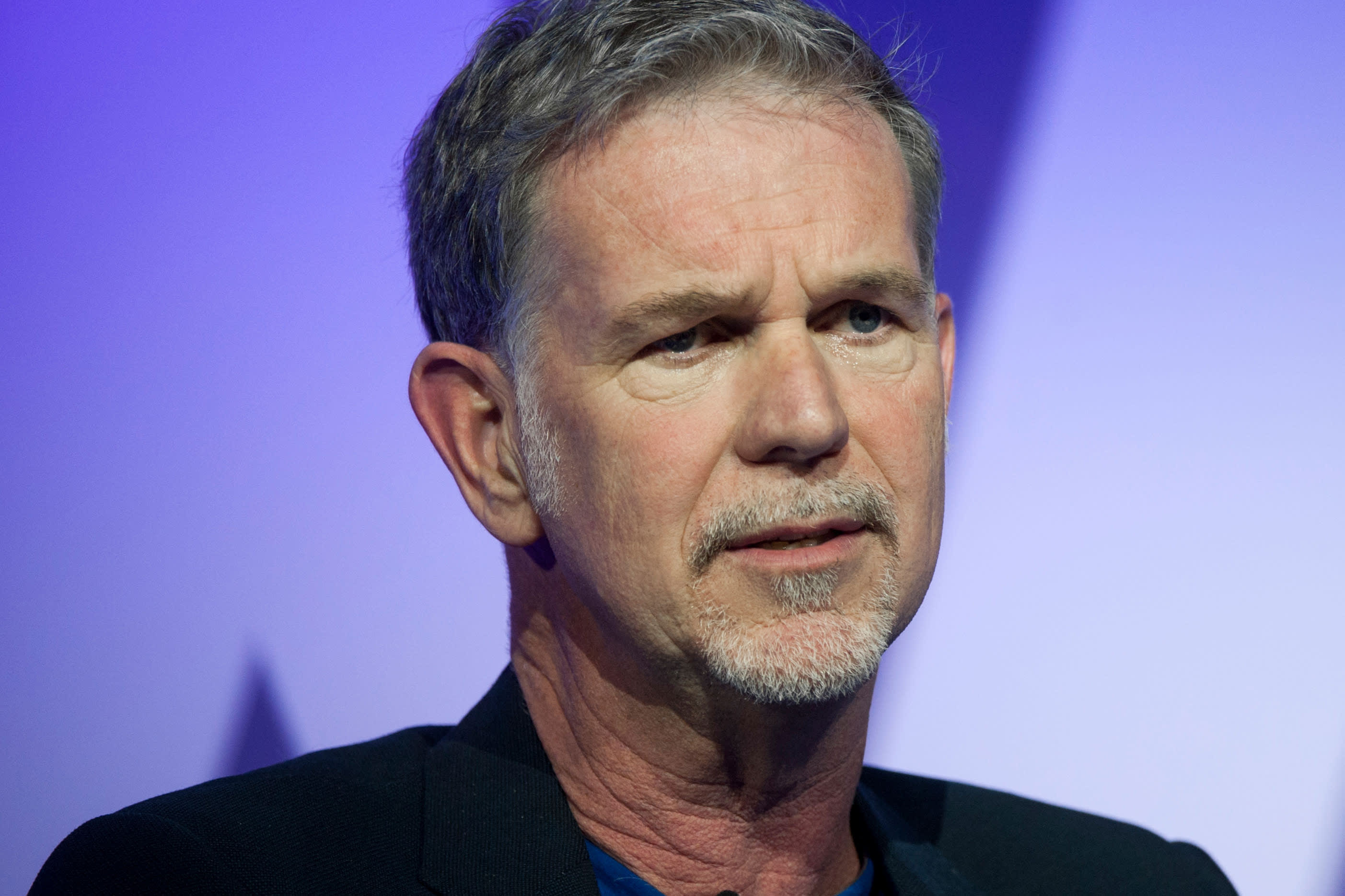 Netflix tanks after whiffing on global paid subscribers