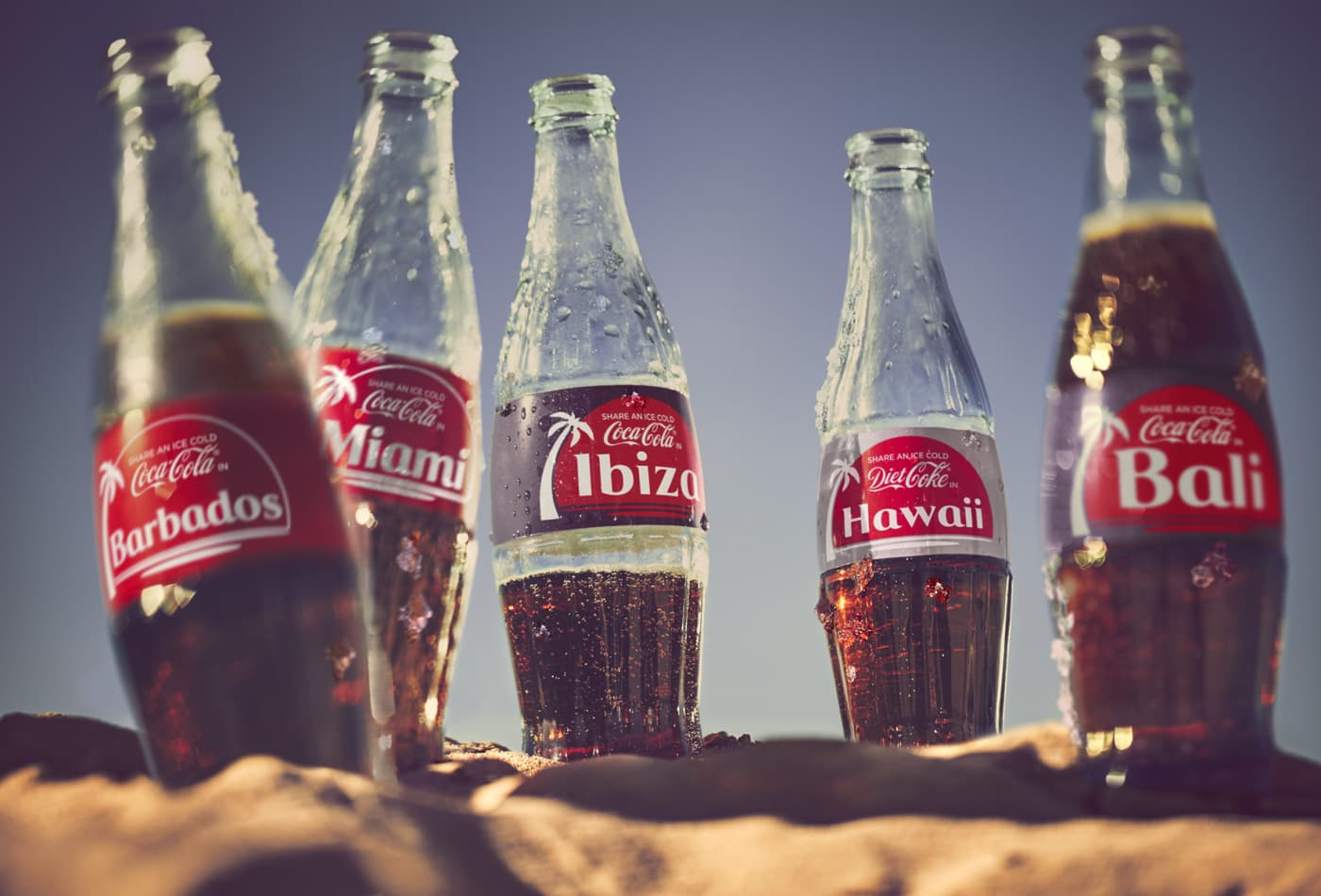 List Of Names On Coke Bottles 2020.Coke Puts Vacation Destinations On Labels In Share A Coke