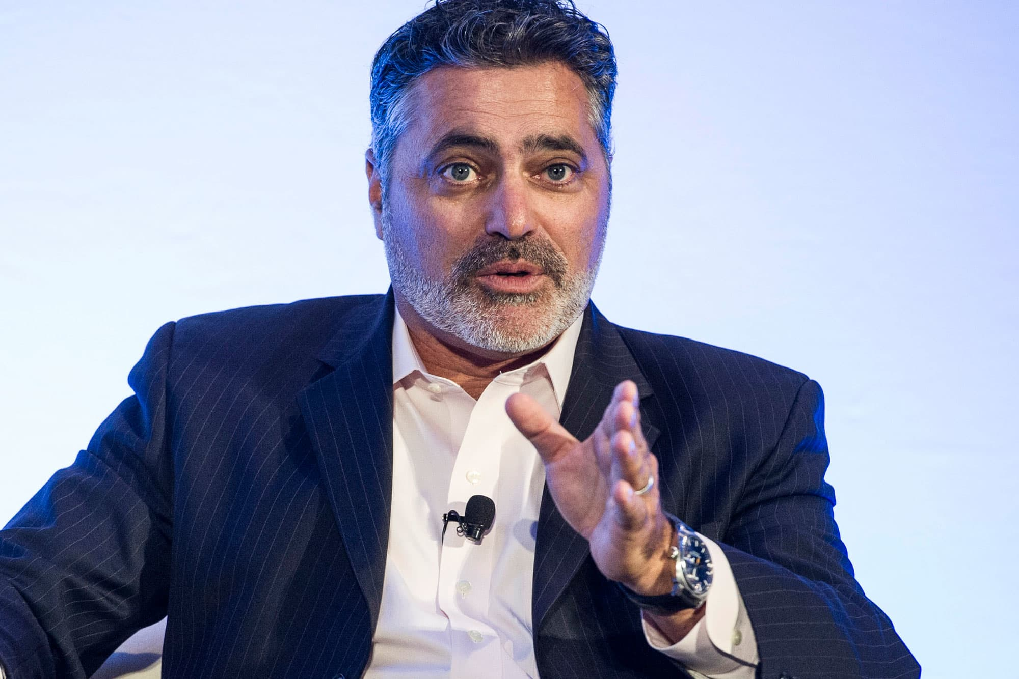 Cloudera announces CEO departure, stock plunges