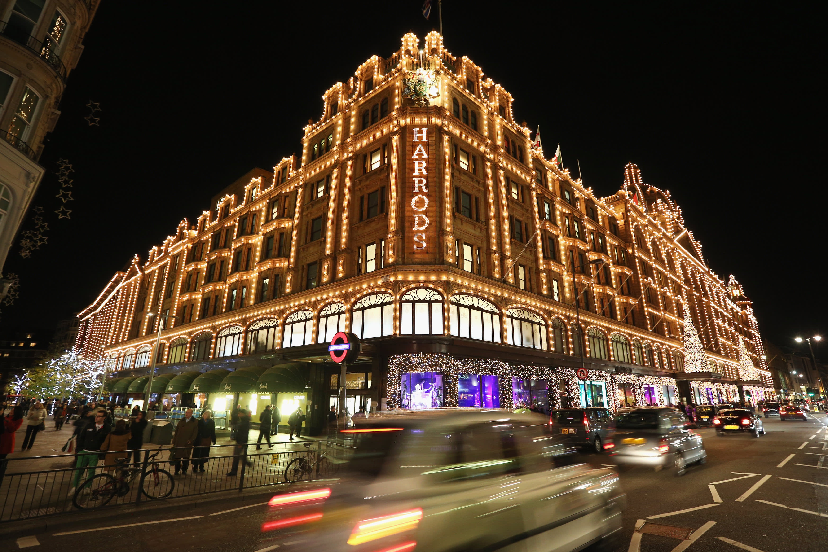 Santa visits reserved for shoppers who spend over $2,500 at London's famous Harrods store
