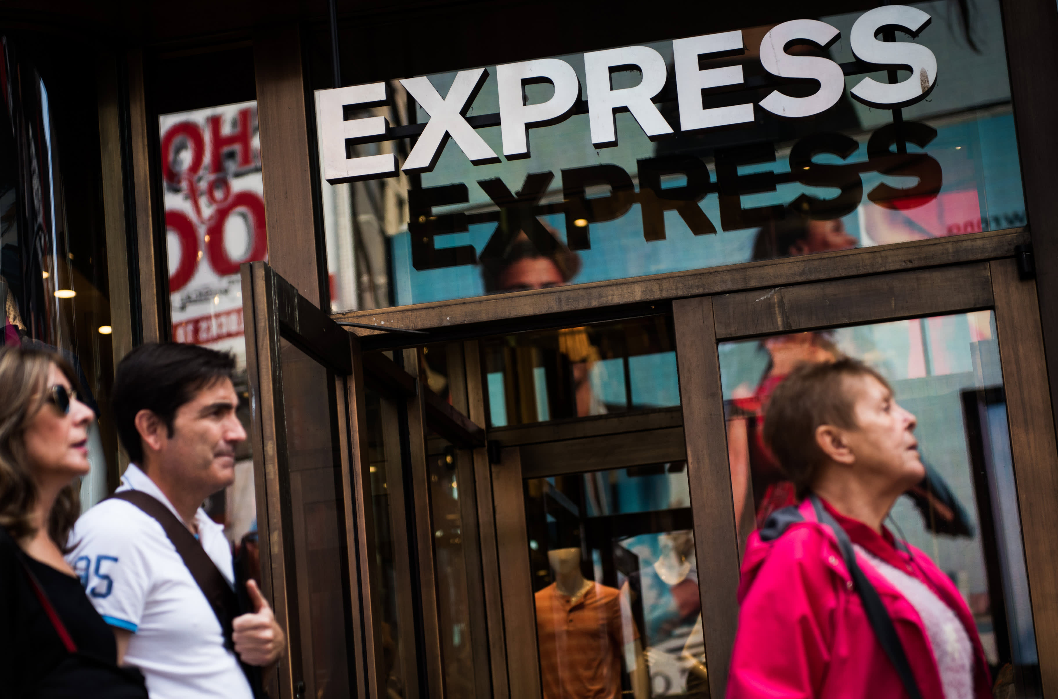 Clothing retailer Express shares jump on plans to shutter 100 stores by 2022, cut costs