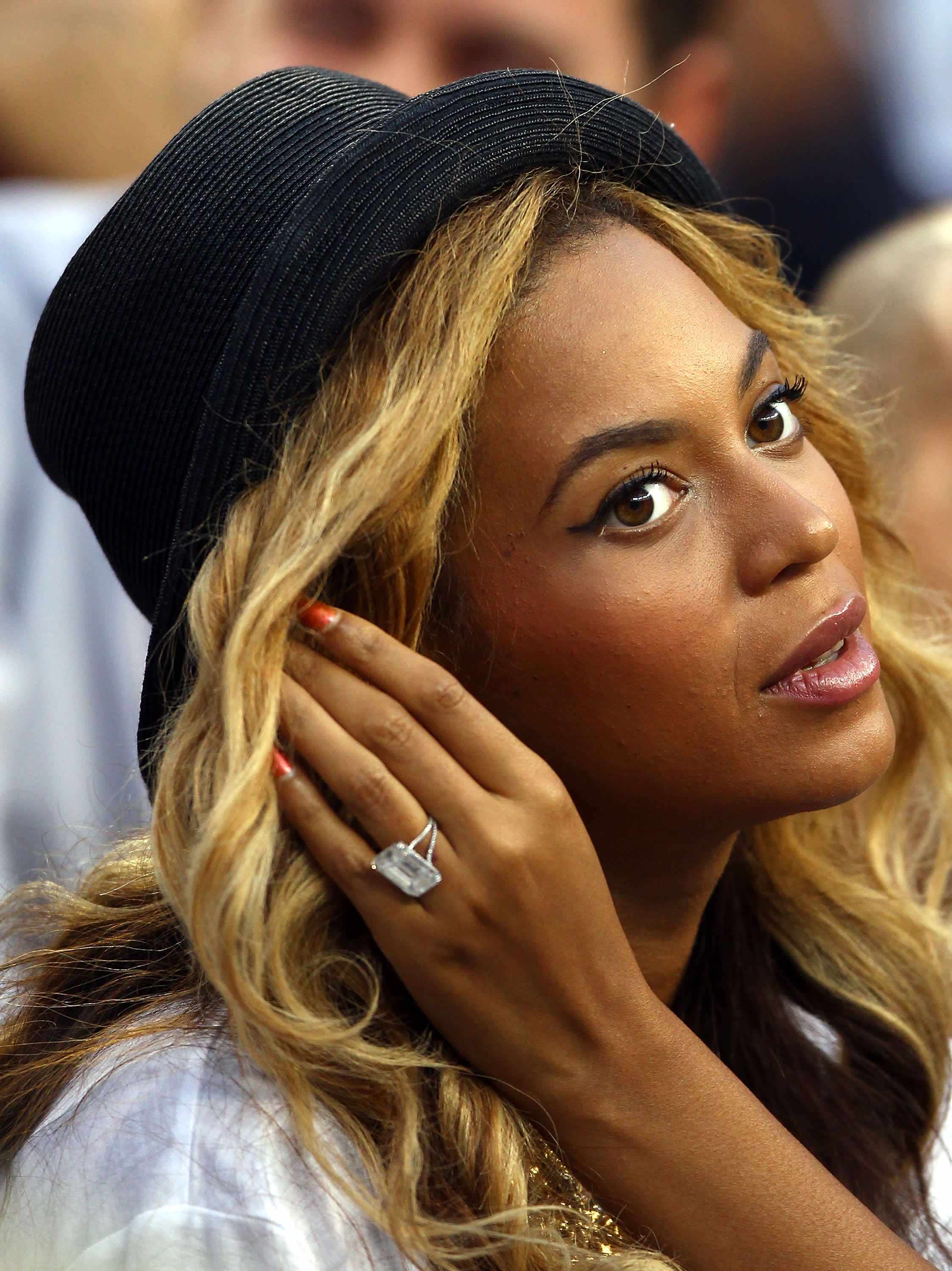 Subs: Beyonce engagement ring