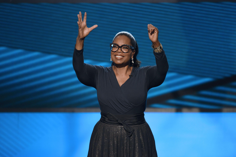 Oprah Winfrey bought her next-door neighbor's California ranch for $6.85 million — take a look inside