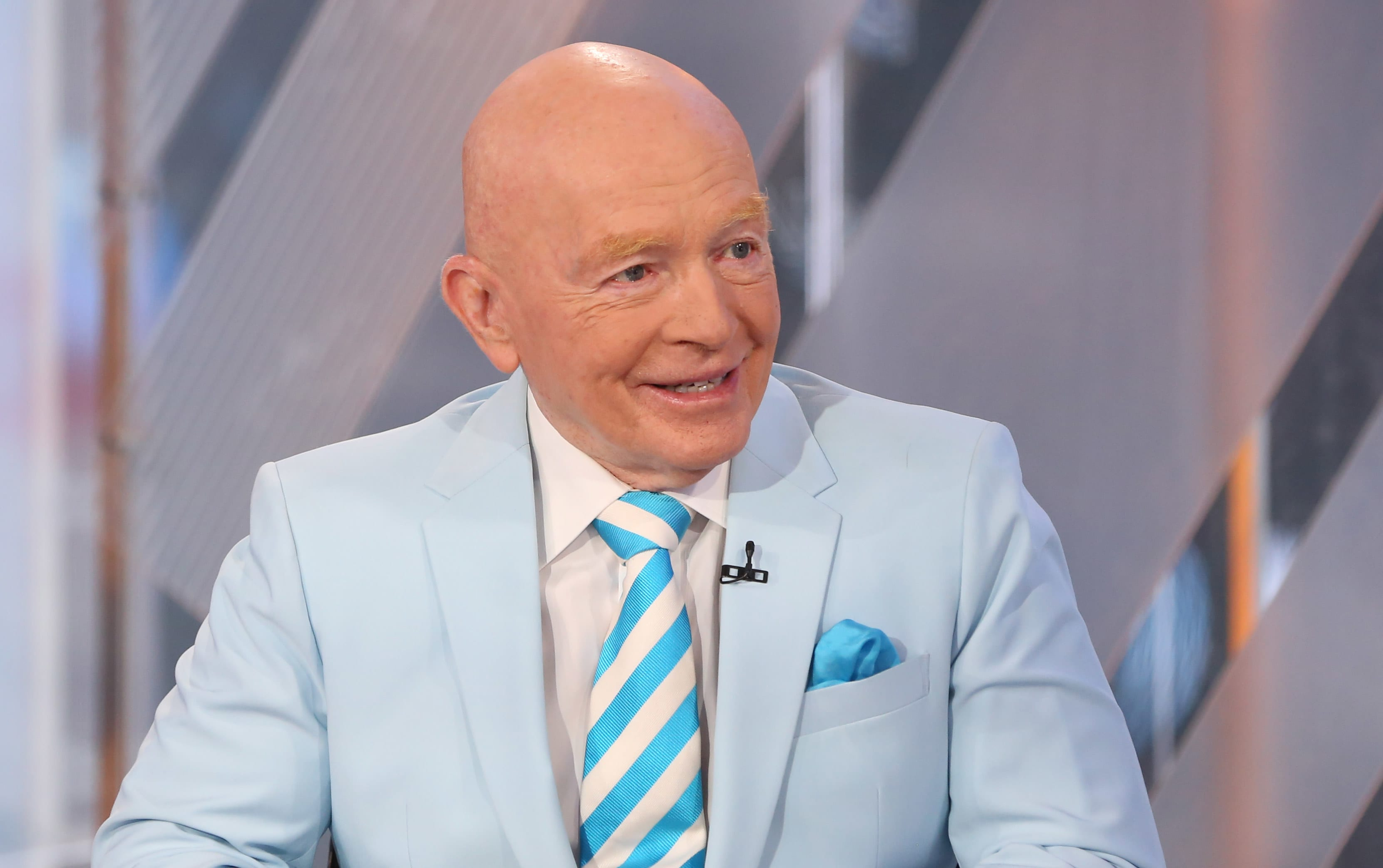 India's central bank did the 'wrong thing' by not cutting interest rates, Mark Mobius says