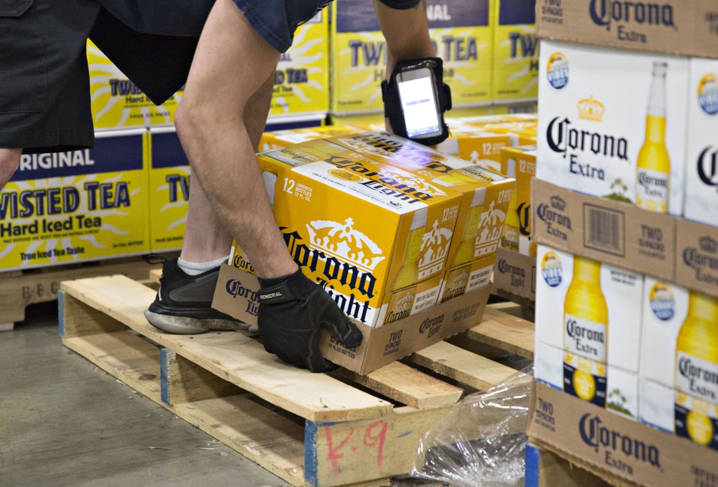 Corona will continue controversial promotion for hard seltzer amid coronavirus outbreak