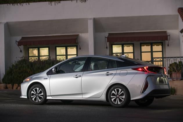 Handout Toyota Prius Prime Advanced 6