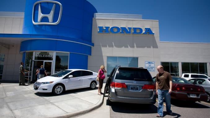 Honda Dealership Denver >> General Motors Ford Sales Down Toyota Honda Nissan Sales Up