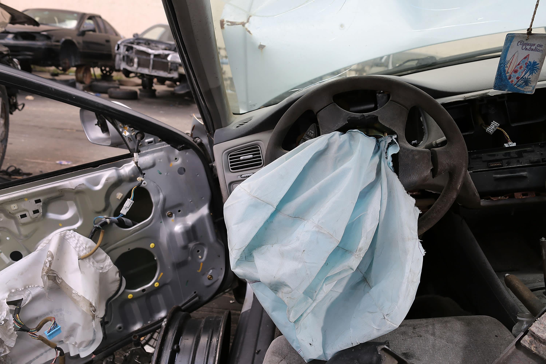 Takata recalls 1.4 million potentially dangerous air bag inflators