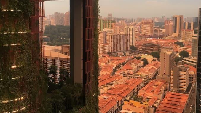 Singapore Q2 GDP grows 0 4 percent from last quarter, dodges