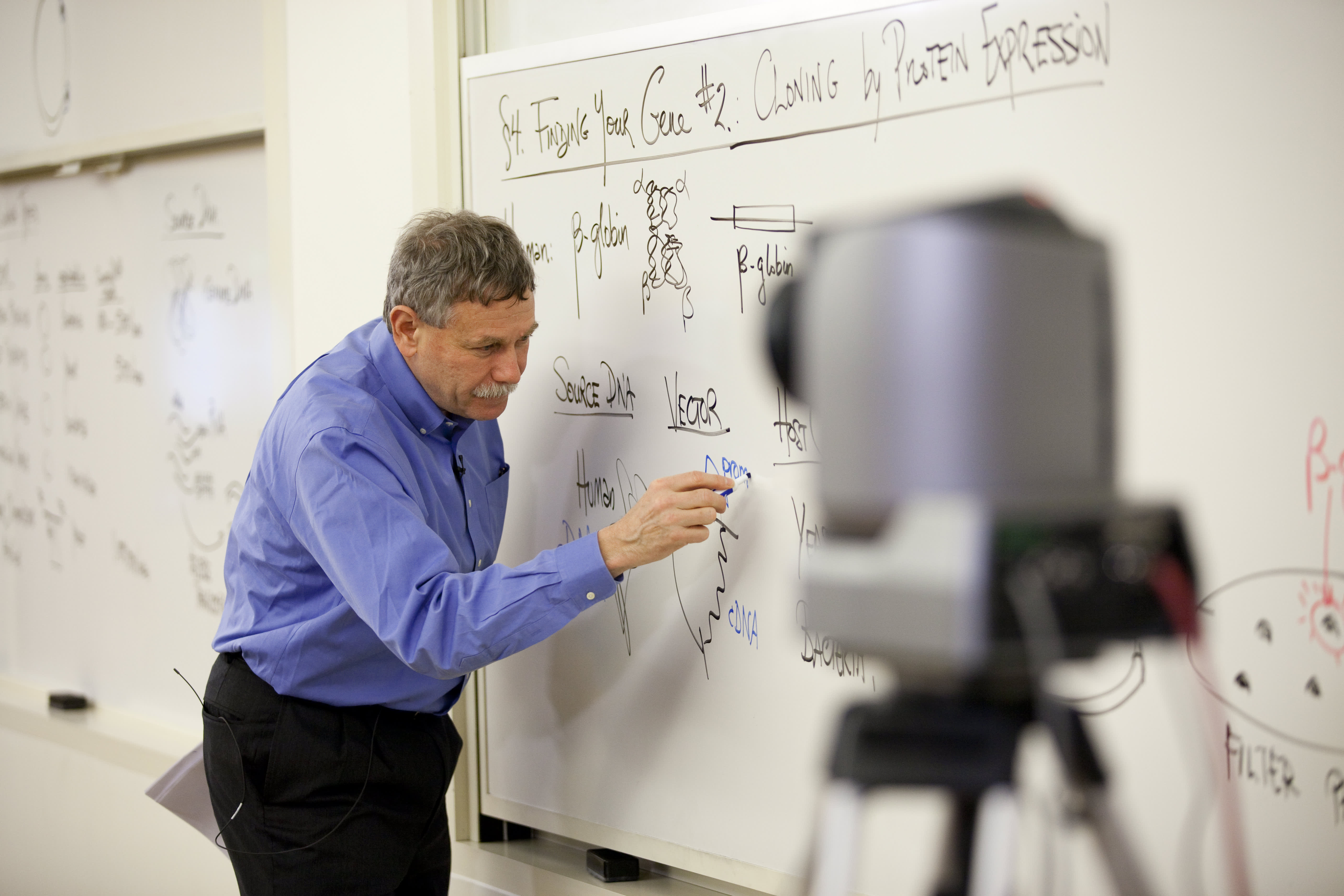 Professor Eric Lander teaches a class at MIT in 2013 for a video produced by edX.