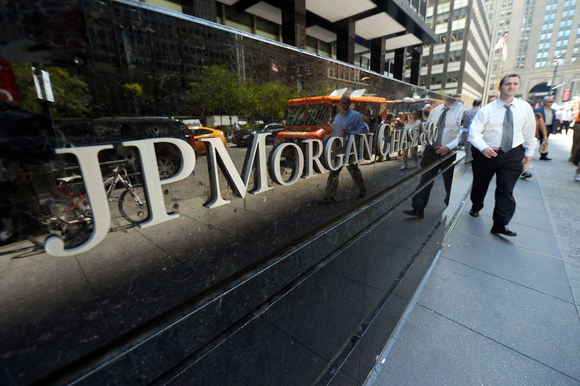 Jpmorgan Rolls Out Low Fee Checkless No Overdraft Accounts