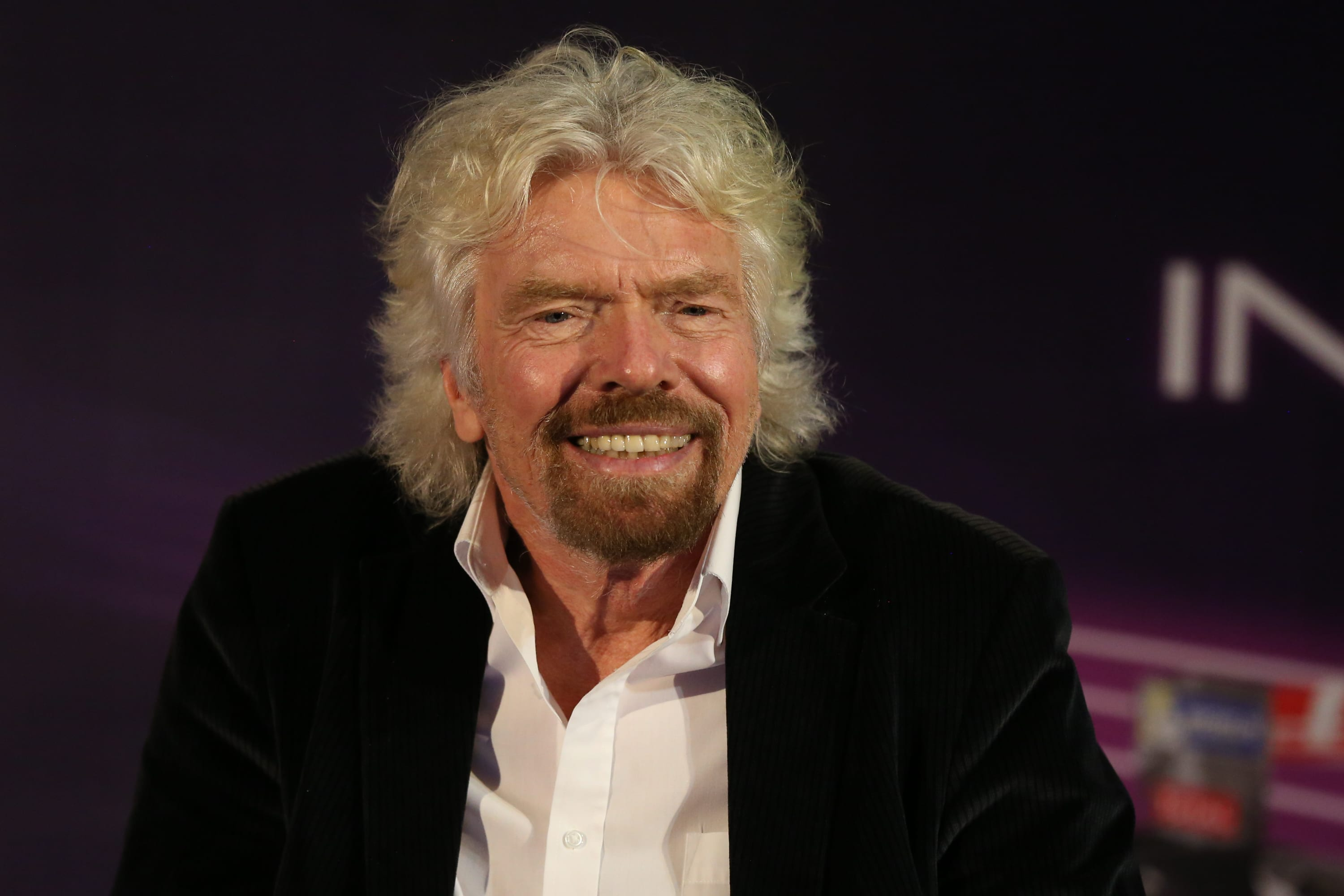 Richard Branson, Michelle Obama and other top leaders use this scheduling trick that could double your productivity