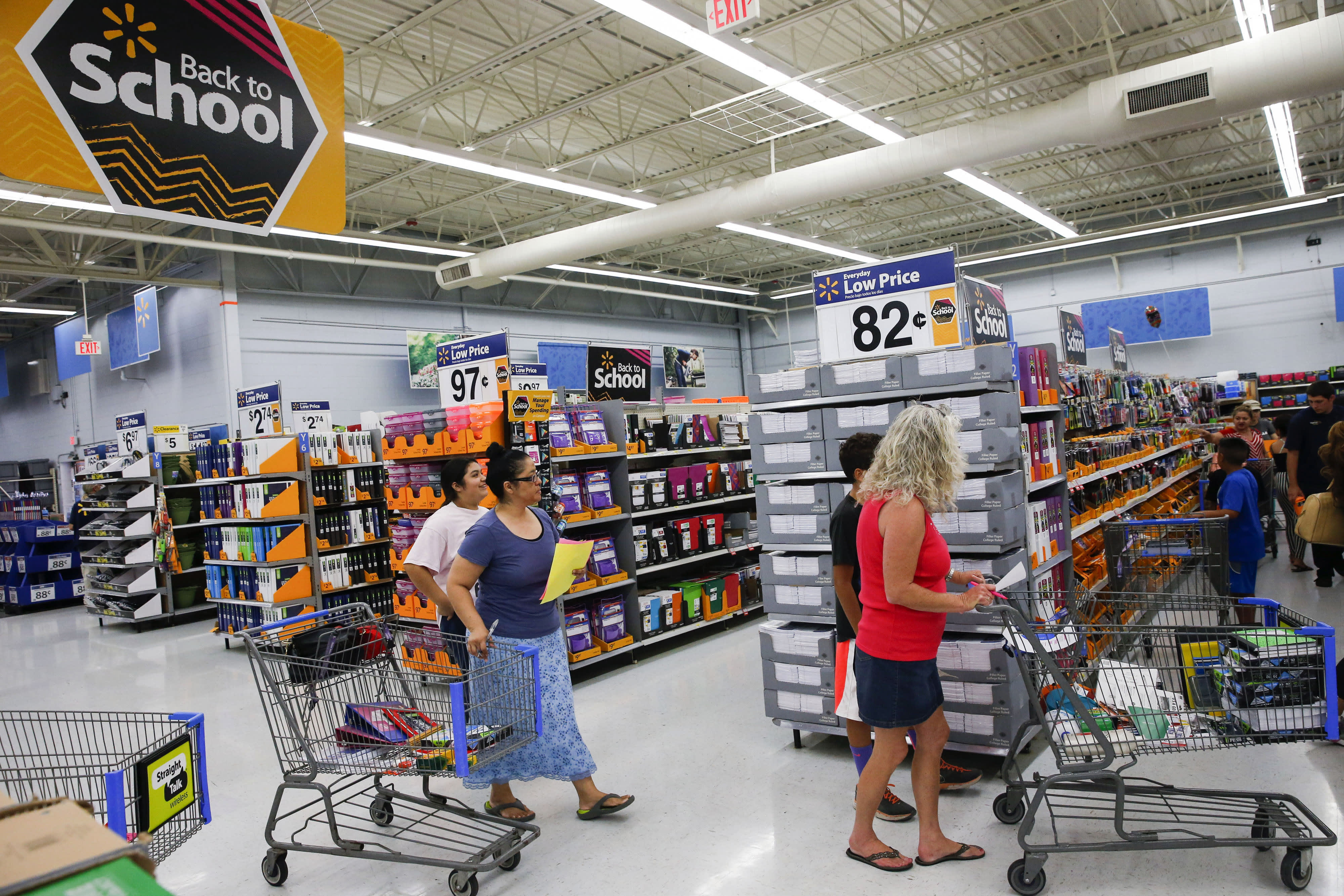 05ecdc62d6c36 Back to school shopping to bring parents back into stores: Deloitte