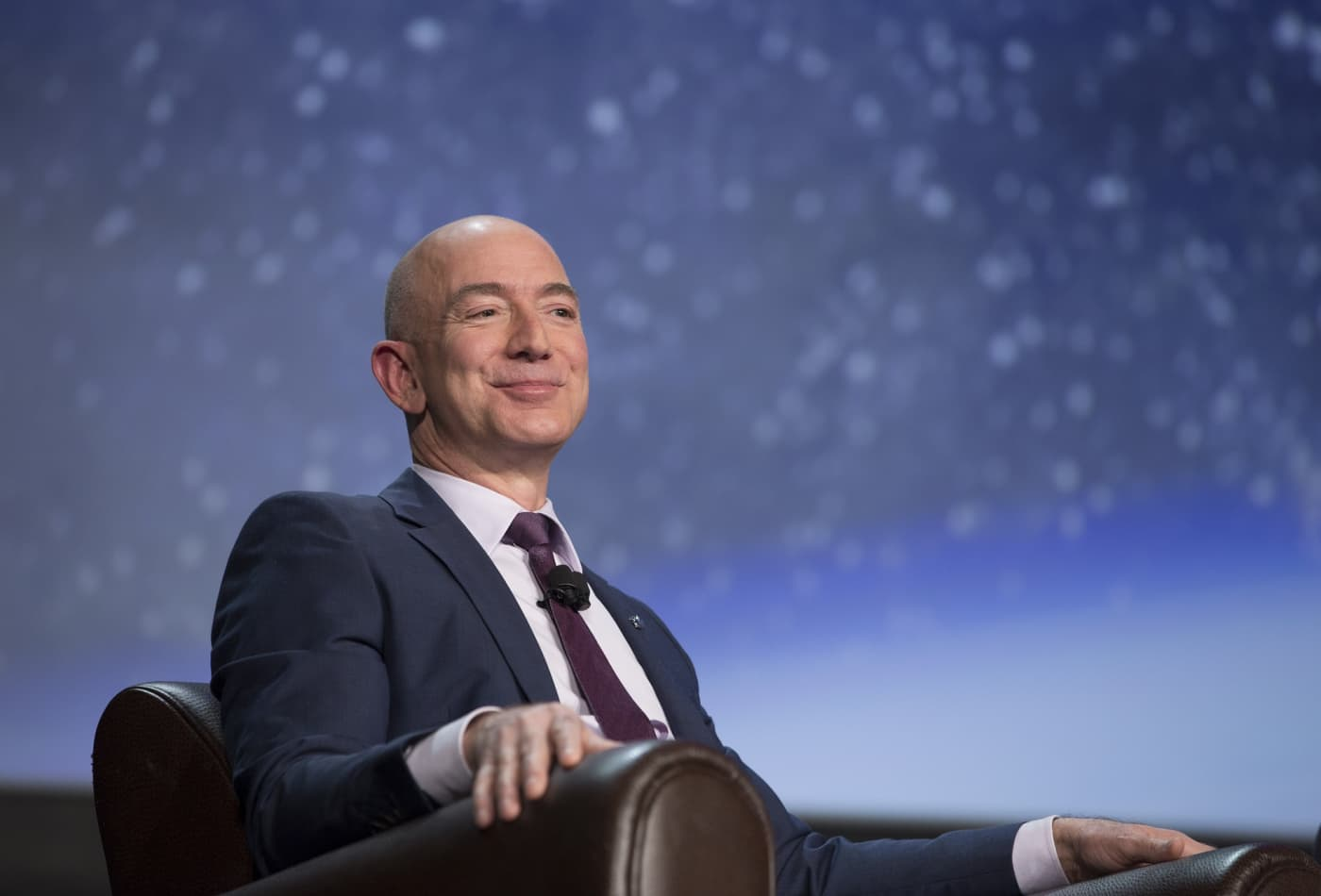 Amazon patented a phone-charging robot