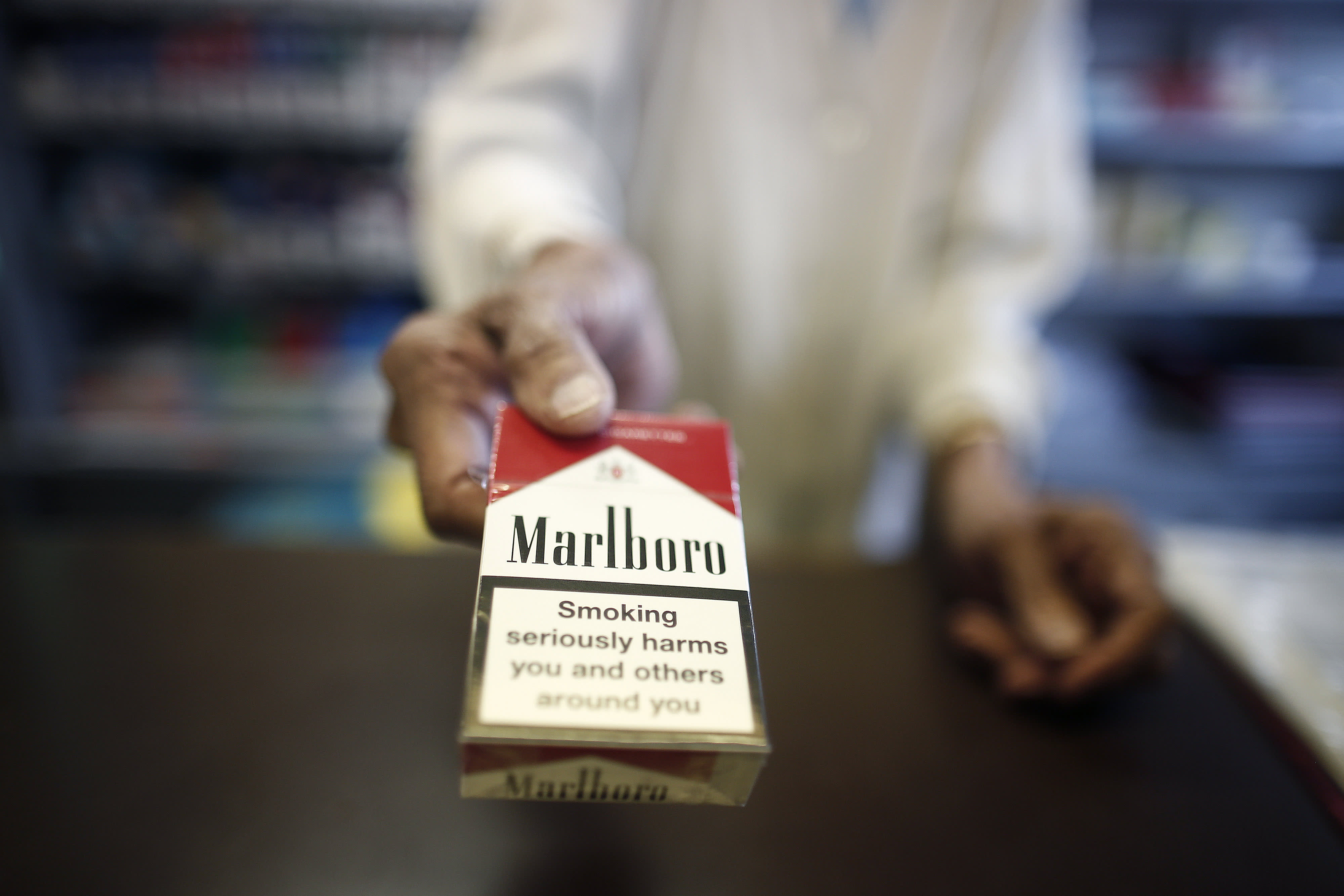 Altria posts mixed quarterly results, says cigarette sales decline is acclerating thumbnail