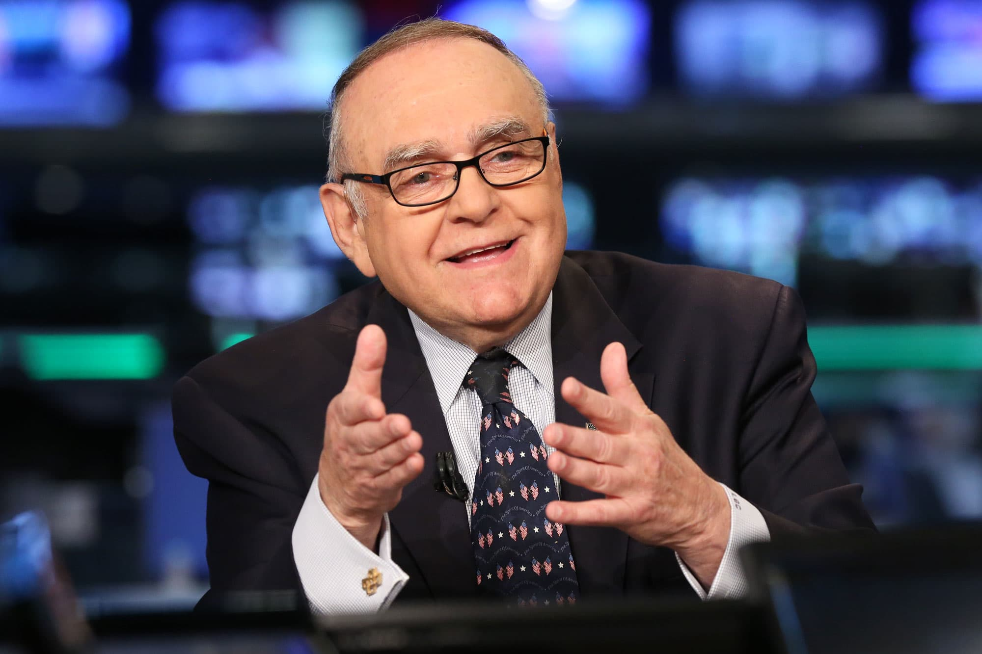 Leon Cooperman sees 'euphoria' in parts of market, says he's skeptical on long-term outlook
