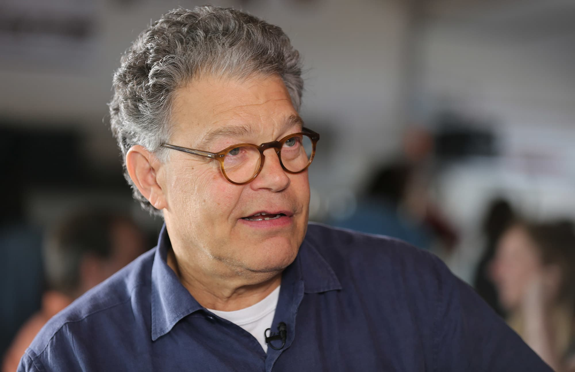 It Helps Not To Lie In Politics Sen Al Franken Talks Trump Snl - Al-franken-draws-us-map