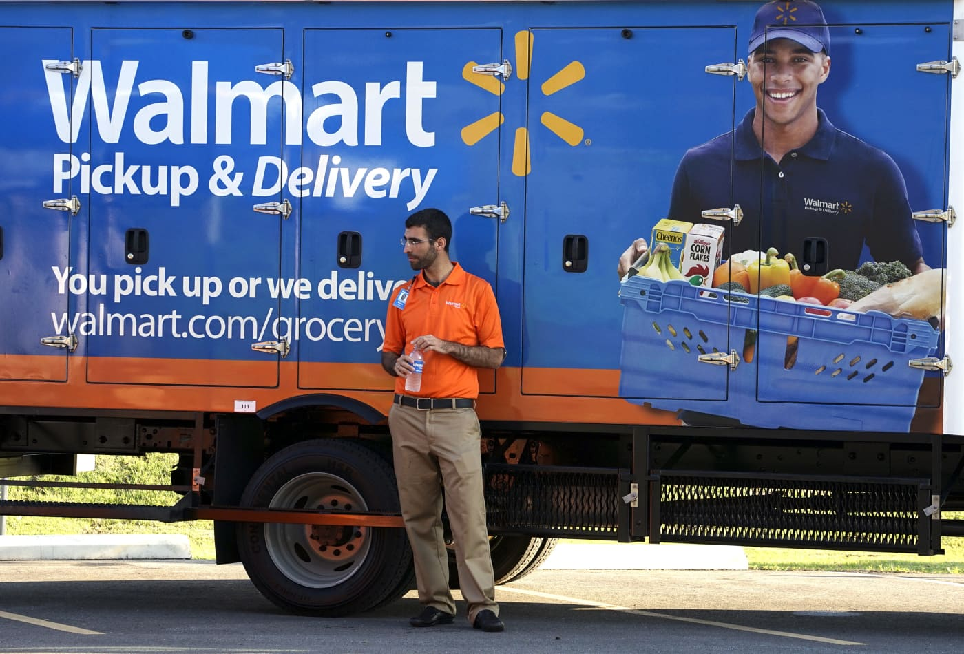 Amazon Walmart And Target Are Competing To Deliver Your Groceries Heres How Their Offers Stack Up