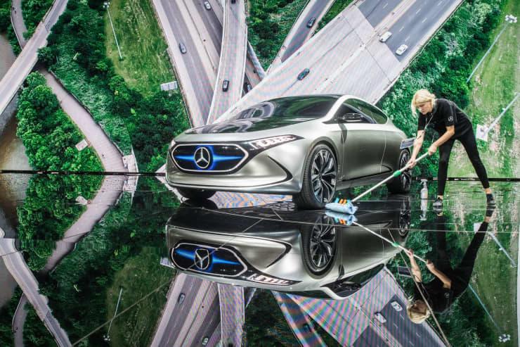 Premium: Mercedes EQ concept car 170914