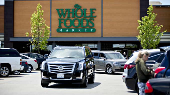 fb7d274a00345 Whole Foods' parking lots were busier post-Amazon, satellites show