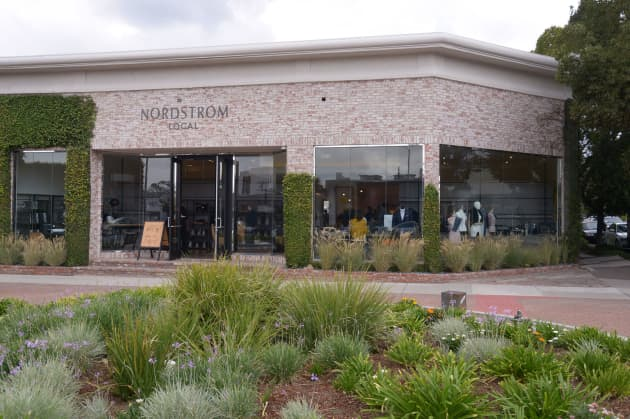 a886e2a86f Nordstrom to open more no-inventory stores in Los Angeles, New York