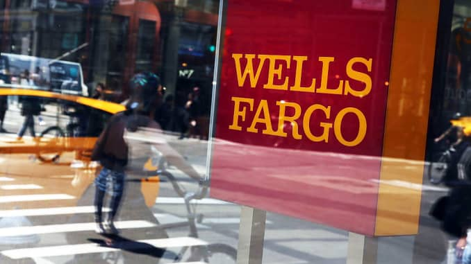 Wells Fargo says working to fully restore system as outage