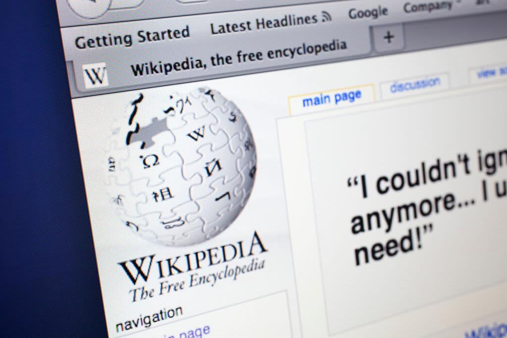 China Blocks Wikipedia in all Languages