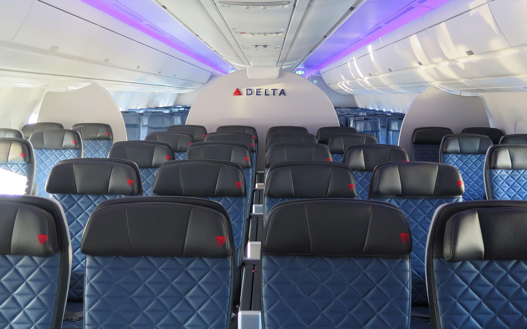 Delta Air Lines third-quarter earnings top estimates
